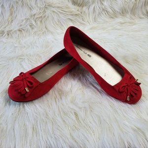 🔥 American Eagle Red Flats Size 7